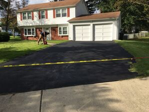 Driveway Seal Coating in Columbia, MD (1)